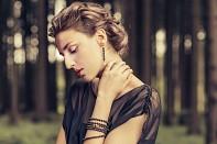 NIKÉ - náhrdelník z lávy, pozlacená varianta