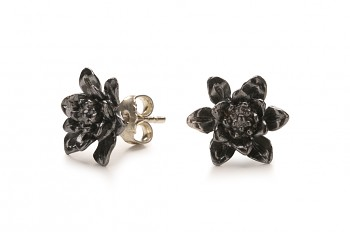 MANI PADMA - Silver earrings, black patina, lotus