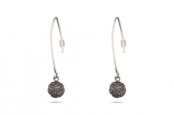 ABHARANA - Silver earrings, black rhodium, Rudraksha