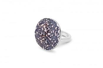 AVIRATI - Stříbrný prsten, struktura Rudraksha, černá rhodium