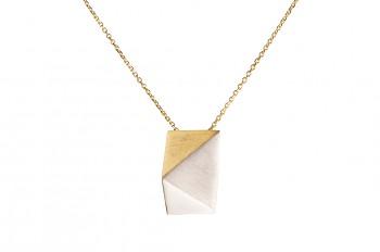 NOSHI Necklace - stříbrný náhrdelník s pozlaceným trojúhleníkem krátký
