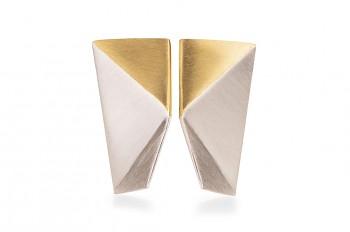 NOSHI Earrings - stříbrné náušnice s pozlaceným trojúhelníkem