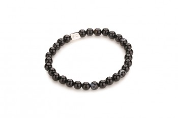 TANAH - dedicated to the desire for SERENITY, onyx and silver