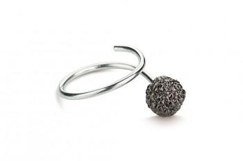 KAMA - Stříbrný prsten, Rudraksha, černé rhodium