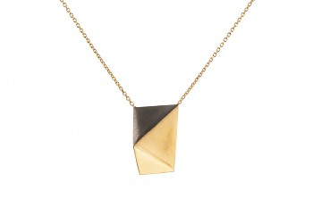 NOSHI Necklace - gold plated with black triangle, long