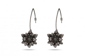 MANI PADMA - Stříbrné náušnice pokovené černým rhodiem, velké, lotos