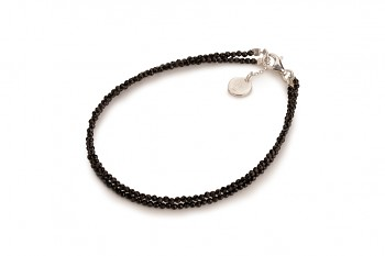 TIRAI DUA - dedicated to the desire for BEAUTY, black spinel and silver