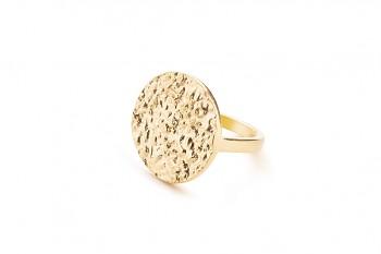 AVIRATI - Stříbrný prsten, pozlacený, struktura Rudraksha